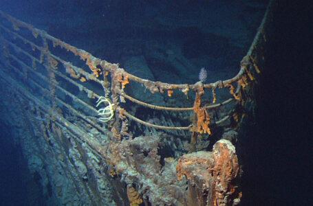 Autorizan por primera vez cortar el casco del Titanic para sacar el telégrafo que transmitió el SOS durante el naufragio