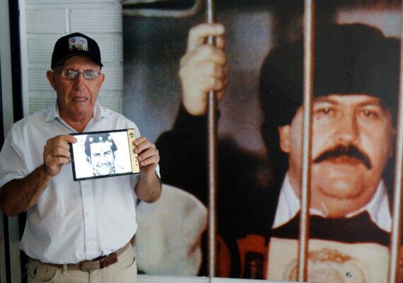 El hermano de Pablo Escobar demanda a Apple por 2.600 millones de dólares tras un supuesto 'hackeo' de su celular