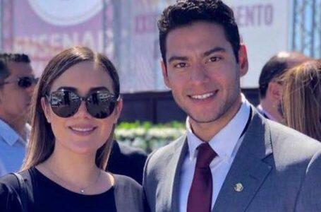 En plena contingencia Director de Bienestar de Ensenada celebra boda