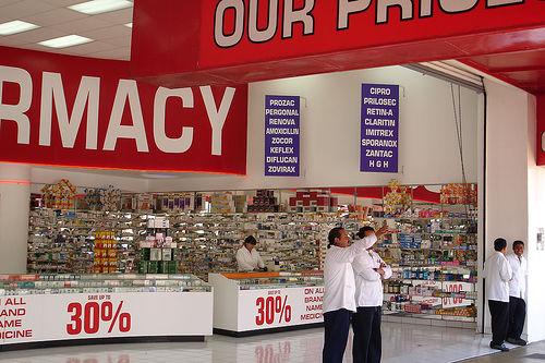 Médicos de farmacias, los más vulnerables al Covid-19