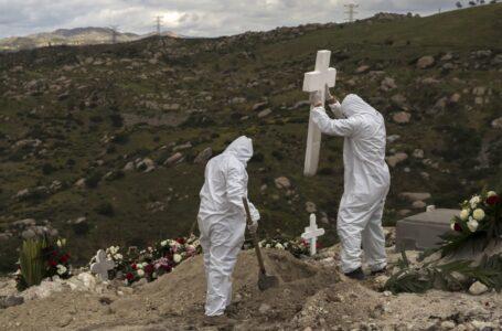 Temen saturación de panteones en Tijuana por muertos de Covid-19