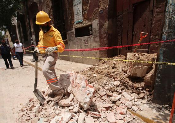 Aumenta a cinco el número de fallecidos tras el sismo