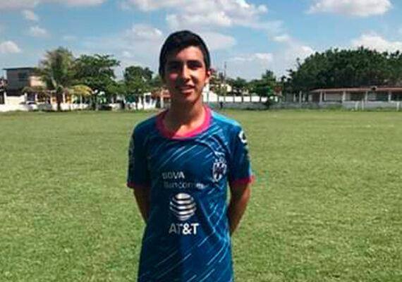 Fiscalía mexicana investiga la muerte de un joven de 16 años, presuntamente baleado por la policía en Oaxaca