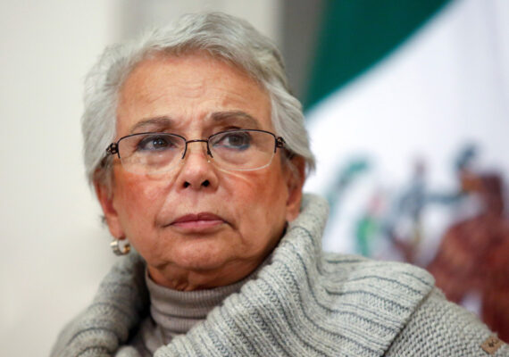 """""""Gotas de nanomoléculas de nanocítricos"""", el antídoto de la secretaria de Gobernación de México contra el coronavirus que provocó indignación"""