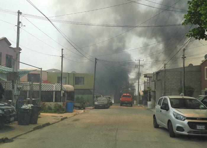 Más incendios en Tijuana; arduo trabajo de bomberos