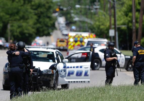 Reportan un tiroteo en un centro comercial en Texas