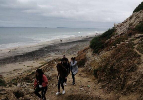 Retiran a 50 personas de Playas de Tijuana