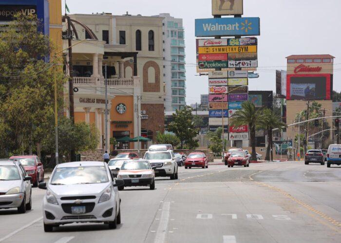 Van a cerrar un carril bulevar Agua Caliente frente a Plaza Galerías