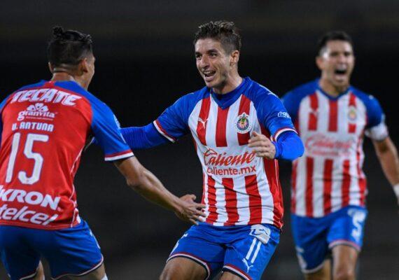 Chivas registra tres positivos de covid-19 justo antes de que arranque la liga de fútbol
