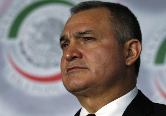 EE.UU. presenta cargos contra el exsecretario de Seguridad mexicano, Genaro García Luna, acusado de recibir sobornos del Cártel de Sinaloa