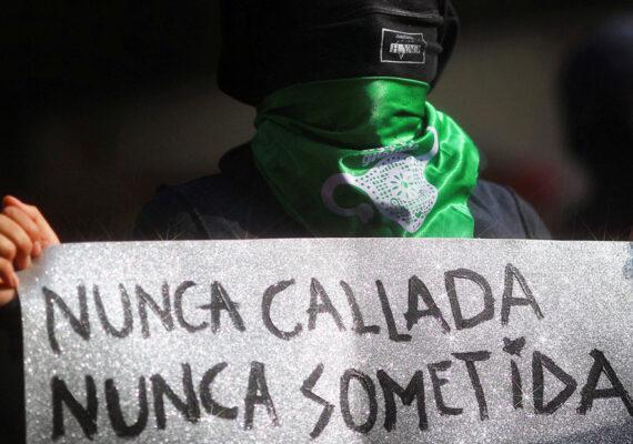 Gobierno mexicano reconoce un incremento del 7,7 % en feminicidios en el último año