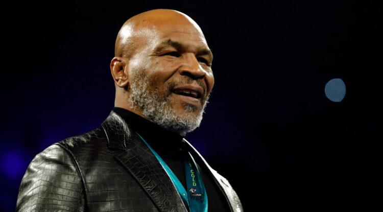 """""""He vuelto"""": Mike Tyson anuncia su regreso al cuadrilátero en un combate de exhibición contra Roy Jones Jr."""