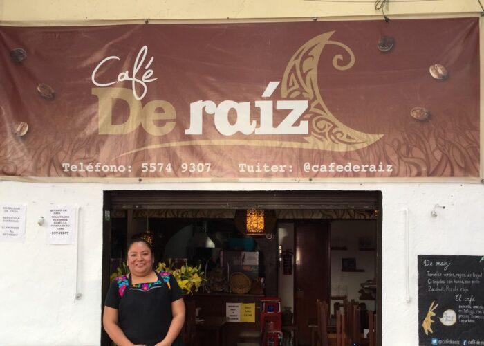 Un café de Ciudad de México ofrece 'apapachos' y menús solidarios para combatir la pandemia del hambre