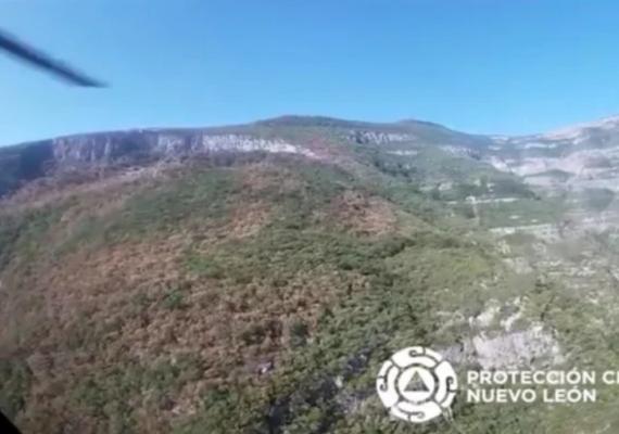 Excursionistas provocan incendio forestal en Nuevo León