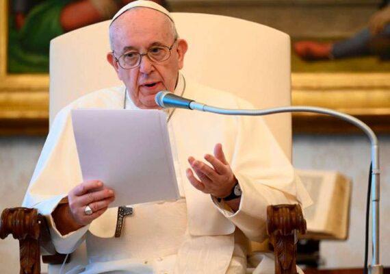 El Papa Francisco pide que la vacuna del coronavirus no sea propiedad de unas naciones