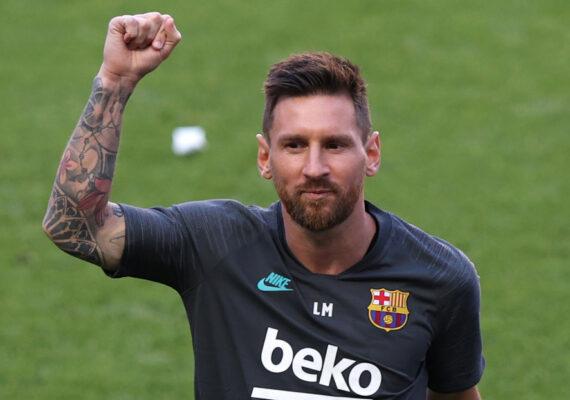 """Ferdinand sobre Messi: """"¿Quieres pasar el tiempo que te queda con esa camiseta?"""""""
