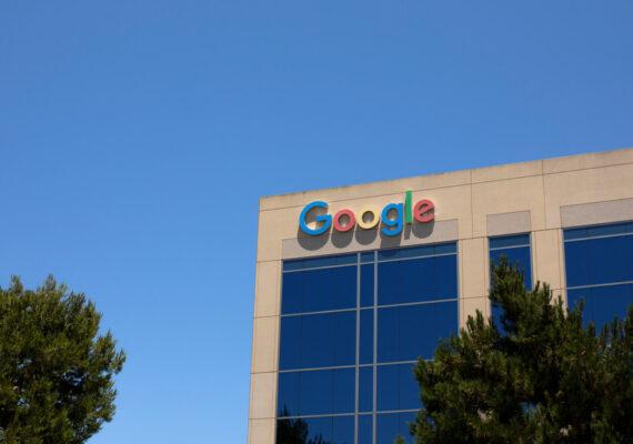 Google invertirá 450 millones de dólares en una empresa de seguridad para promover sus productos