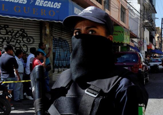 Hombres armados balean las instalaciones de un periódico en Guerrero
