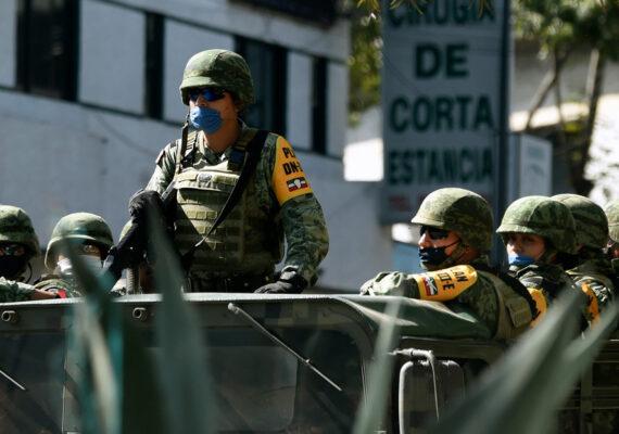 """La CNDH pide al Ejército mexicano una """"investigación exhaustiva"""" tras difundirse el video de un militar ordenando asesinar a un civil"""
