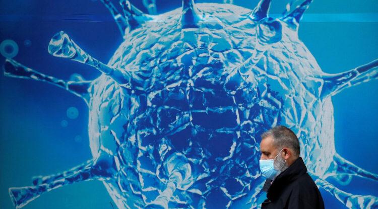 Los resfriados comunes pueden enseñarle al sistema inmunológico a reconocer el covid-19