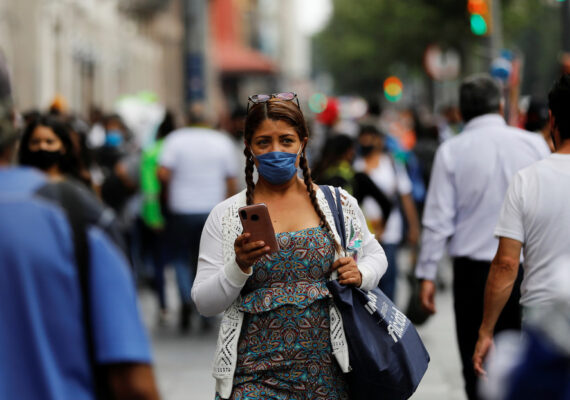 México registra un récord de contagios diarios con coronavirus