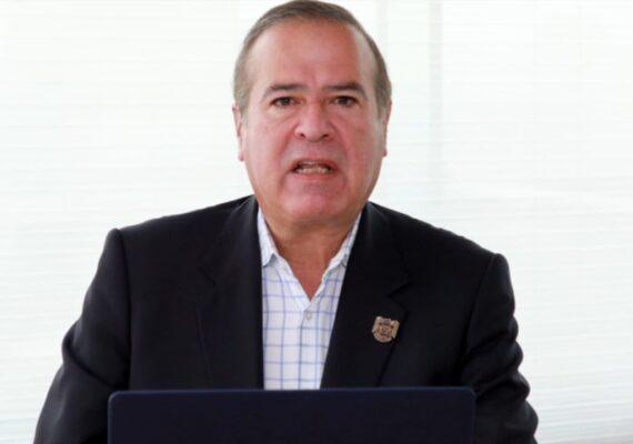 Rompe González Cruz con gobernador Bonilla; dice estar amenazado