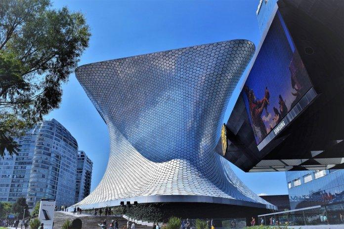 Ciudad de México reabrirá parcialmente sus cines y museos