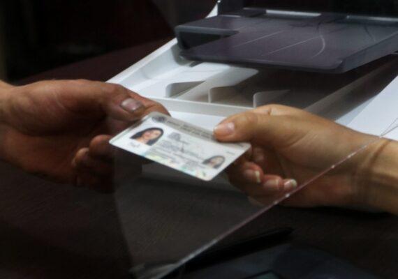 Aprueba INE voto electrónico desde el extranjero en 2021