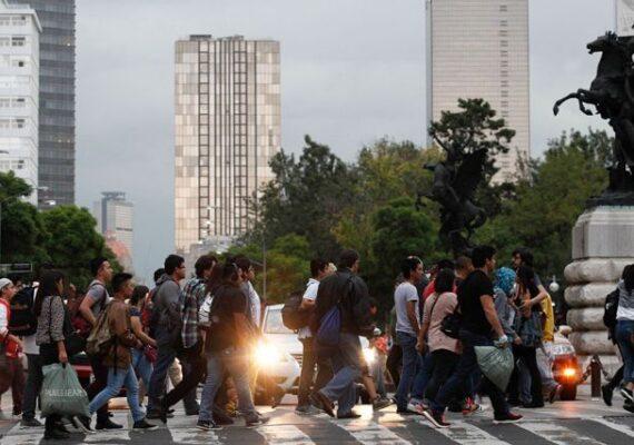 La mitad de los adultos mexicanos padecen estrés por Covid-19
