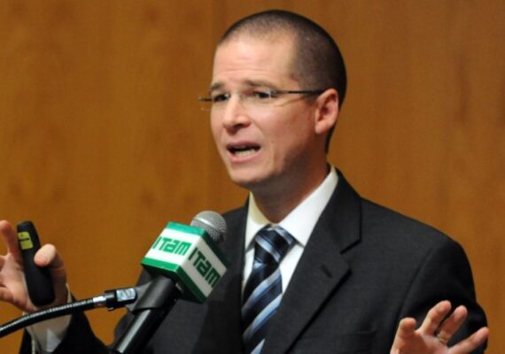 AMLO es «incapaz y autoritario», sostiene Ricardo Anaya