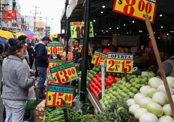 México registró en agosto la inflación más alta en 15 meses