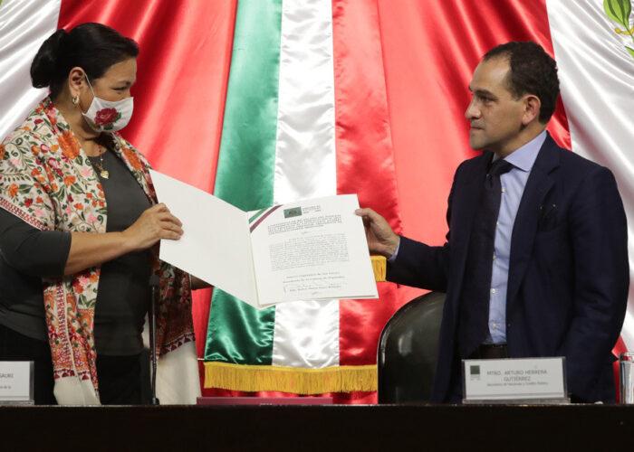 """""""No es un estimado muy optimista"""": México presenta el presupuesto de 2021 con una mirada cauta frente a la pandemia"""