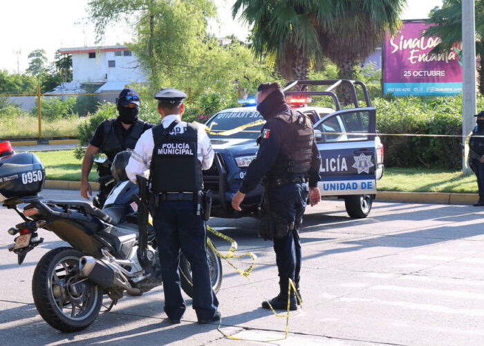 Un grupo armado ataca un bar en Guanajuato y mata al menos a 11 personas