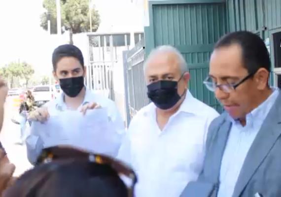 Osuna Millán denuncia a gobernador Bonilla por daño moral