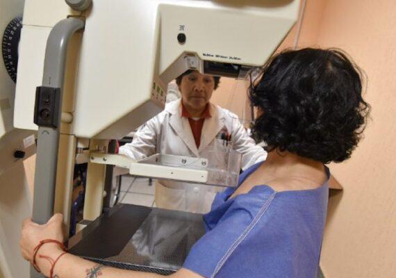 Crean tecnología barata para detectar cáncer de mama