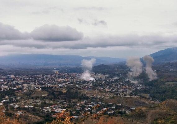 Armenia y Azerbaiyán acuerdan un alto de fuego tras 12 días de hostilidades en Nagorno Karabaj