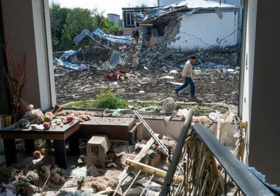 Dos periodistas rusos y su acompañante resultan heridos en Nagorno Karabaj en un ataque de Azerbaiyán