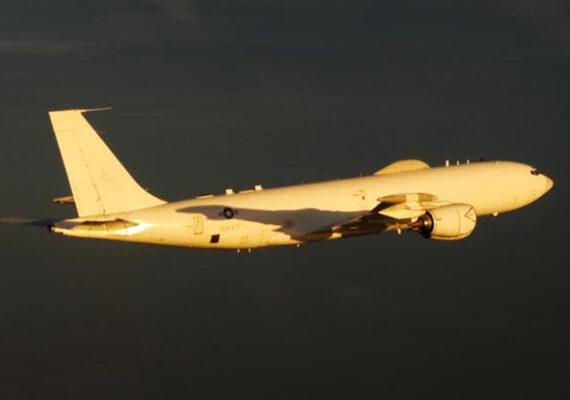 El Pentágono niega toda relación entre los 'aviones del día de juicio final' y el positivo de Trump por coronavirus