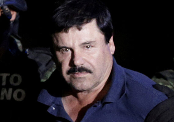 Entregan útiles escolares en Sinaloa aparentemente enviados por 'El Chapo' Guzmán