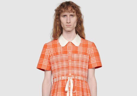 """Gucci lanza un vestido para hombre por 2.600 dólares para combatir """"estereotipos tóxicos"""""""