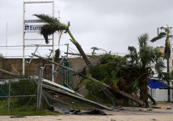 La fuerza de Delta recuerda en México la devastación que provocó Wilma, el huracán más potente en el Atlántico
