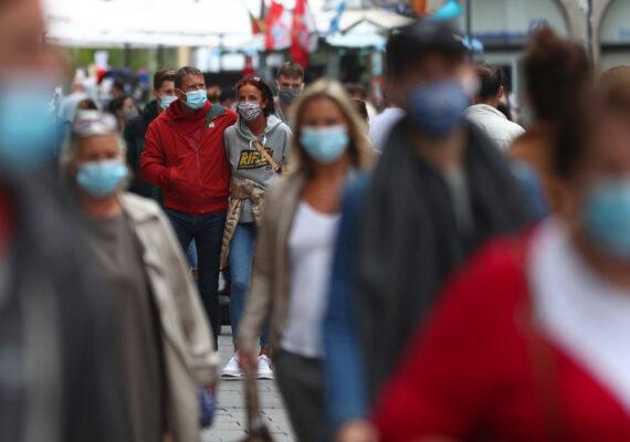 """Radiólogo alemán: """"El coronavirus va a acompañarnos intensamente, como mínimo, hasta finales de 2021"""""""