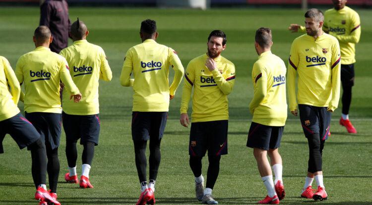 Revelan que Messi rompió toda relación con un importante jugador del F.C. Barcelona porque no le apoyó en su lucha contra la directiva del club