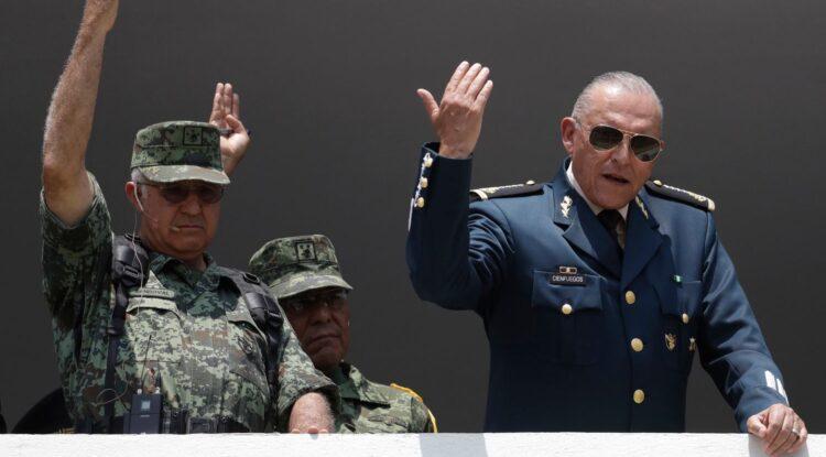 Generales mexicanos acusados de tener nexos con el narcotráfico