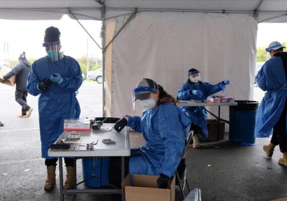 """Trump dice que China """"pagará"""" por la propagación del coronavirus"""