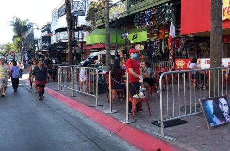Sanciona gobierno de Tijuana a 110 comerciantes este fin de semana
