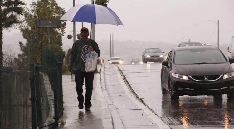 Protección Civil alerta por lluvias y Condición Santa Ana en Tijuana