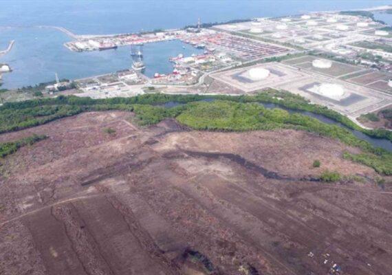 FMI pide a AMLO cancelar Dos Bocas
