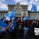 Marchan miles en Guatemala; exigen la renuncia del presidente