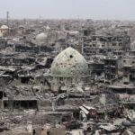 El Papa rezó por víctimas de la guerra en ruinas de Mosul, la ciudad devastada por ISIS